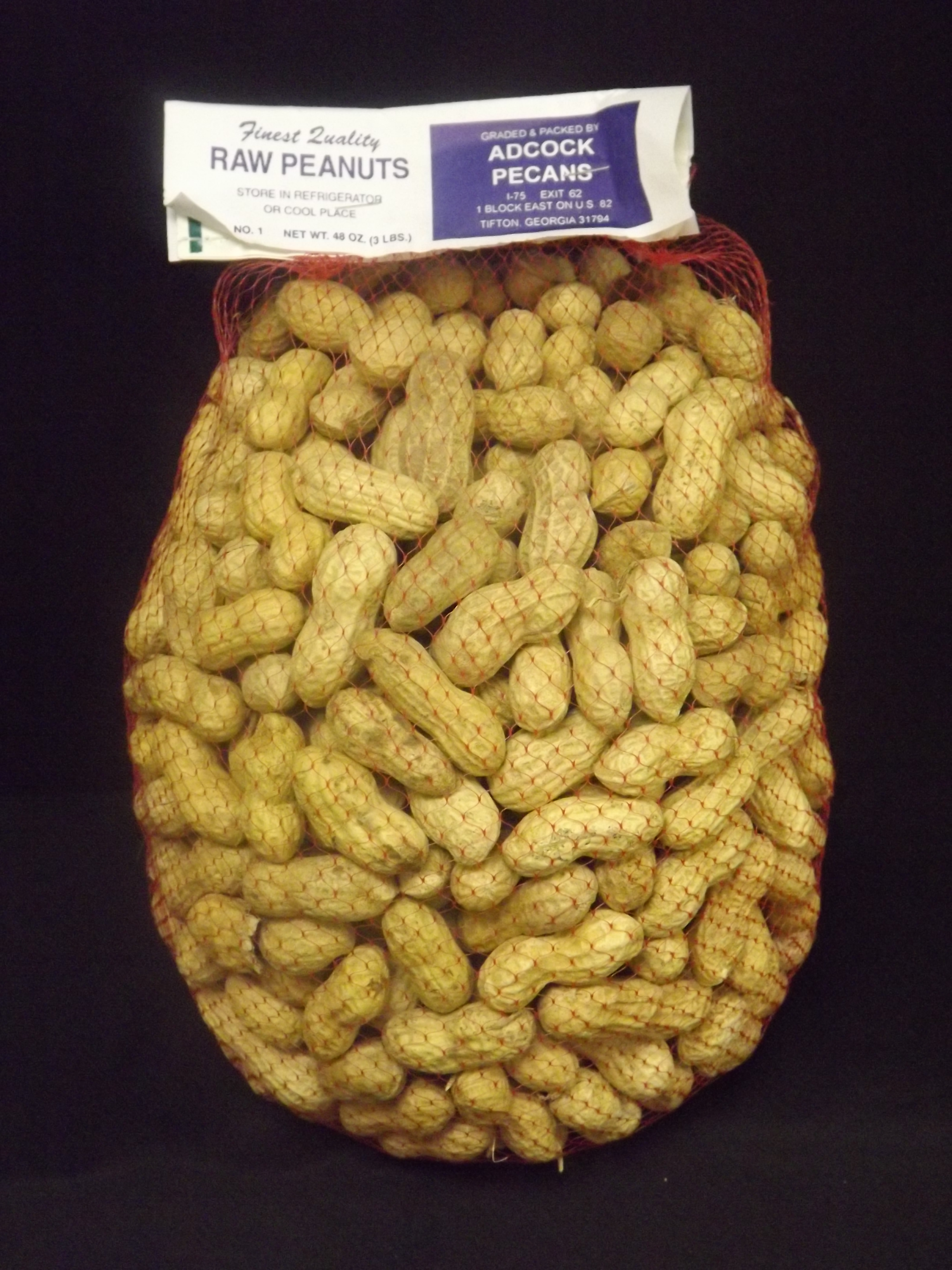 Raw Peanuts in the Shell